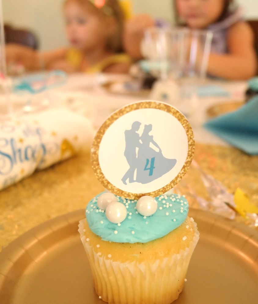 Cinderella party cup cake and custom topper